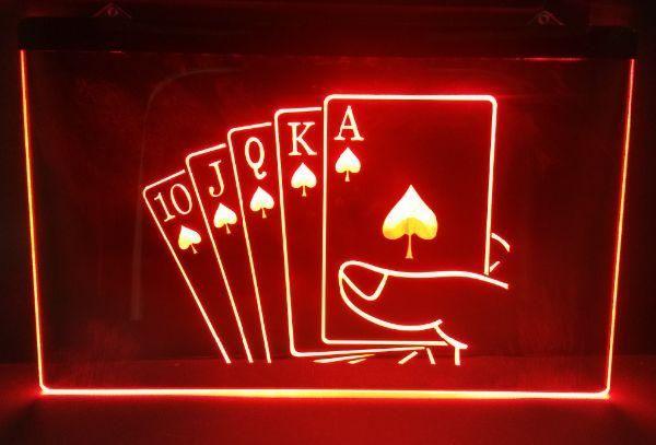 Poker Online Semakin Berevolusi !